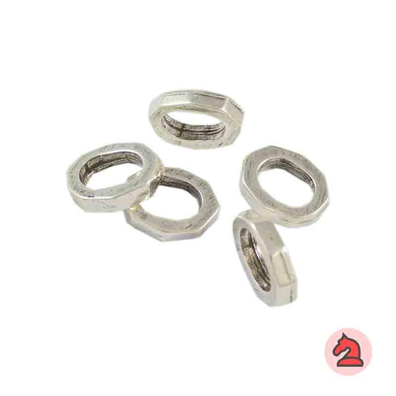 Pasador Para Cuero Regaliz - Paquete de 30 unidadesMedida apróx: 16X11 mm, Para cordón de 10X7 mm