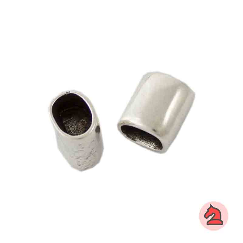 Conector para cuero regaliz con división interna - Paquete de 30 unidades Tamaño apróx: 15X11 mm  Para cordón de 10X7 mm  El cordón no pasa, el tubo tiene una división interna, deben pegar 2 terminales de cordones
