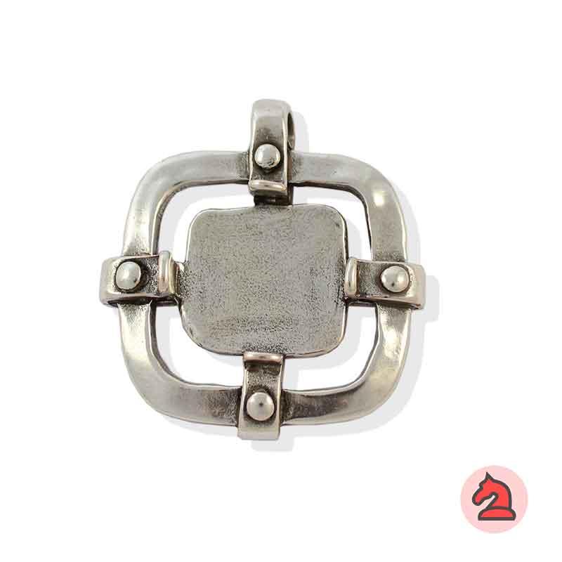 Colgante Cuadrado - Paquete de 10 unidades Tamaño aproximado 50 mm, anilla transversal de 6mm