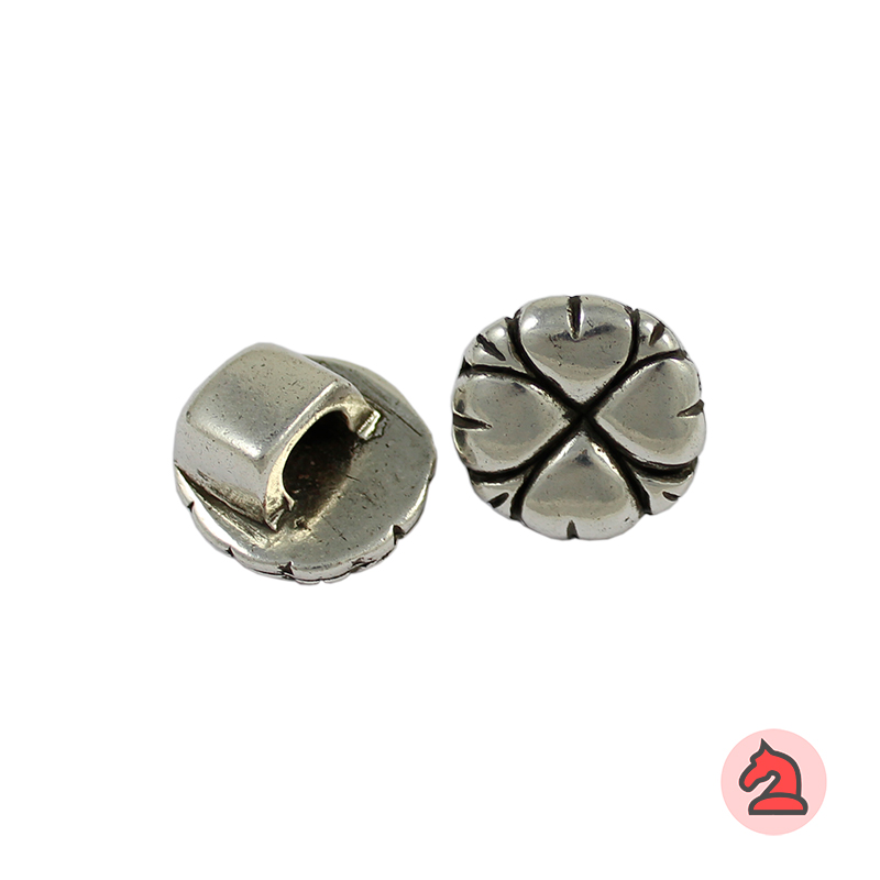 Cierre botón corazones 20 mm. Agujero de 6X5  mm - Venta por paquetes de 10 unidades
