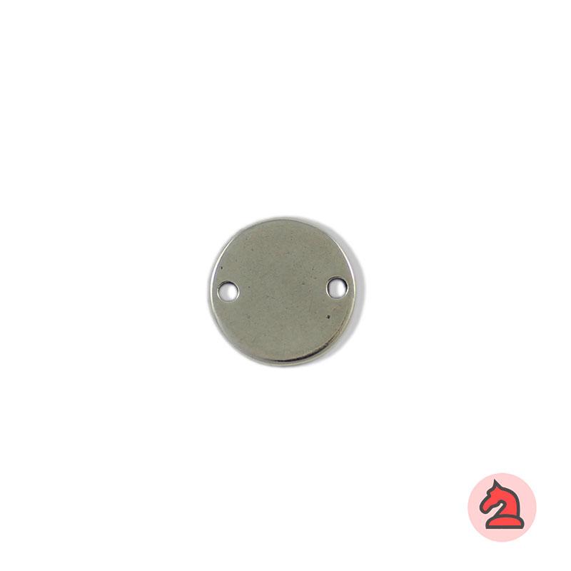 Chapa personalizable redonda 18 mm con 2 agujero - Paquete de 30 unidadesTamaño: 18 mm, grosor: 1.5 mm, 2 agujero para cordón de 2 mm