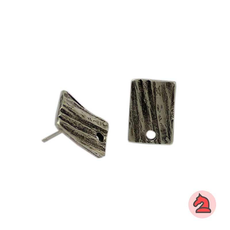 Pendiente Rectangular 15X11 mm - Paquete de 30 unidadesLos pendientes en baño oro y solo en baño oro llevarán sus traseras